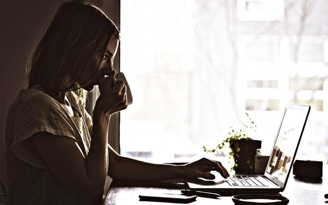 Lavorare online da casa: come trovare lavoro